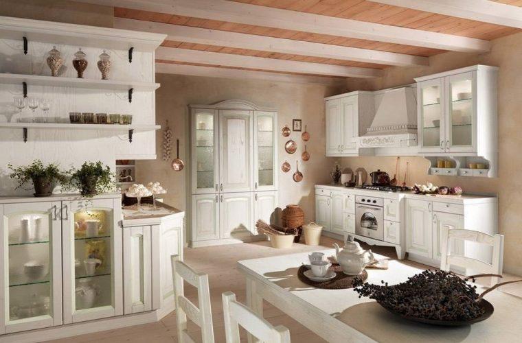 cucina usata classica biancha arredamento casa
