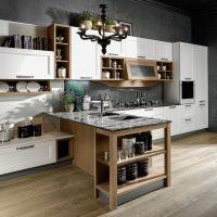 cucina usata con penisola